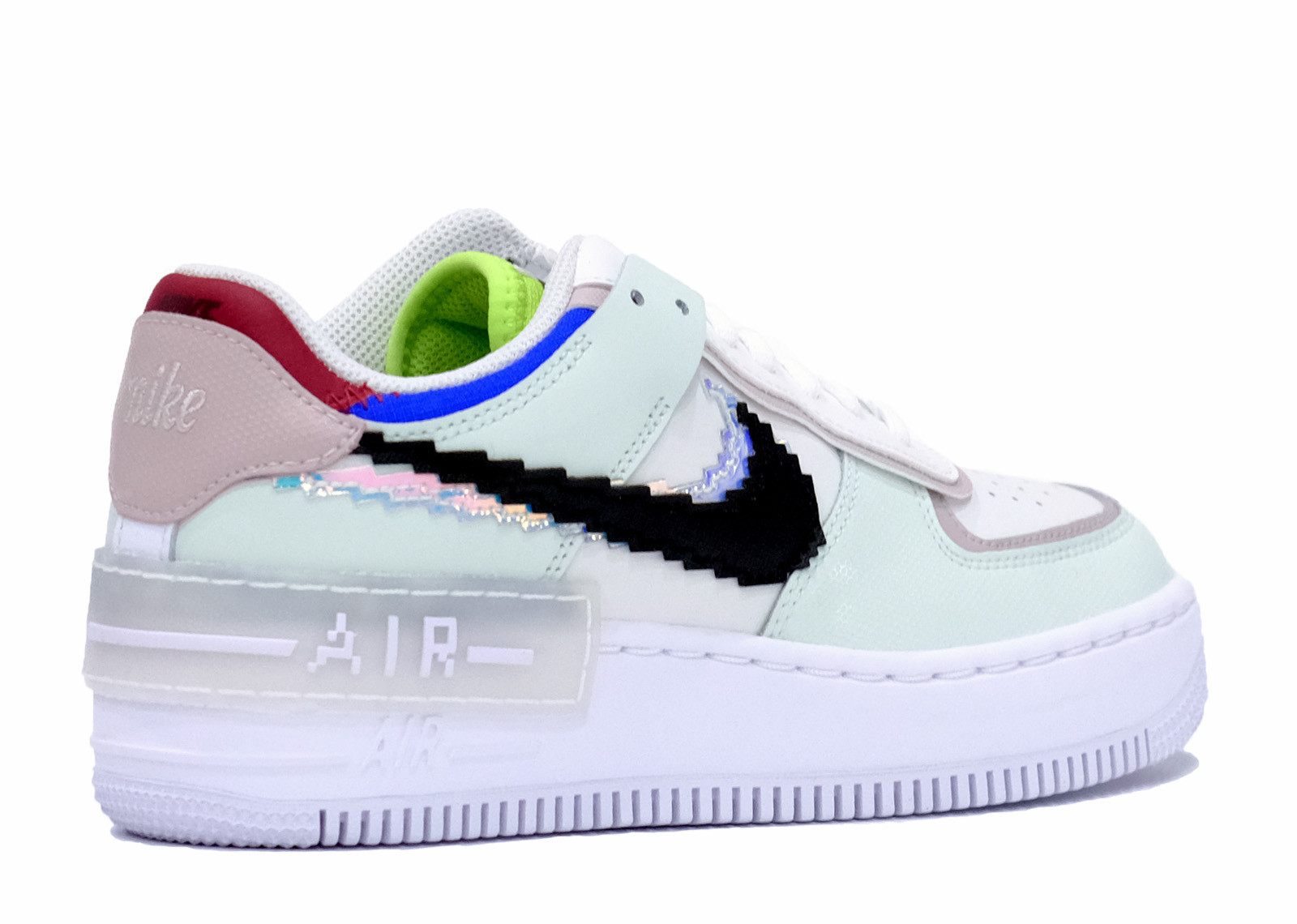 AIR FORCE 1 SHADOW SE PIXEL SWOOSH BARELY GREEN image 3